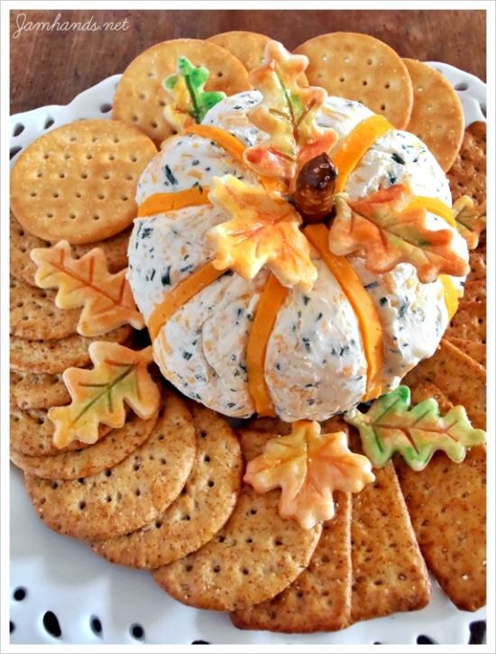 cheddar chive pumpkin cheeseball